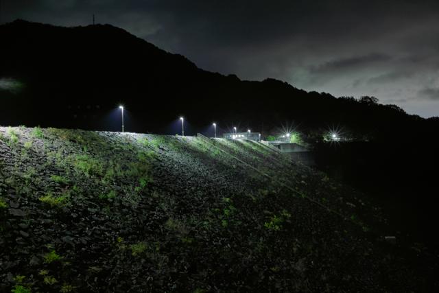 zArakawa-dam2mini.jpg